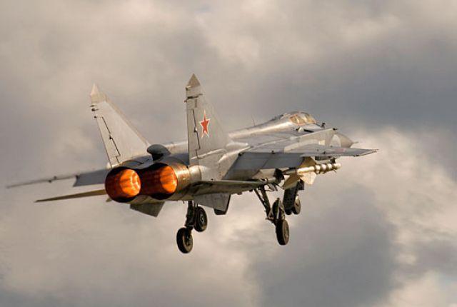 Над Камчаткой пролетел неизвестный самолет сизвестными целями