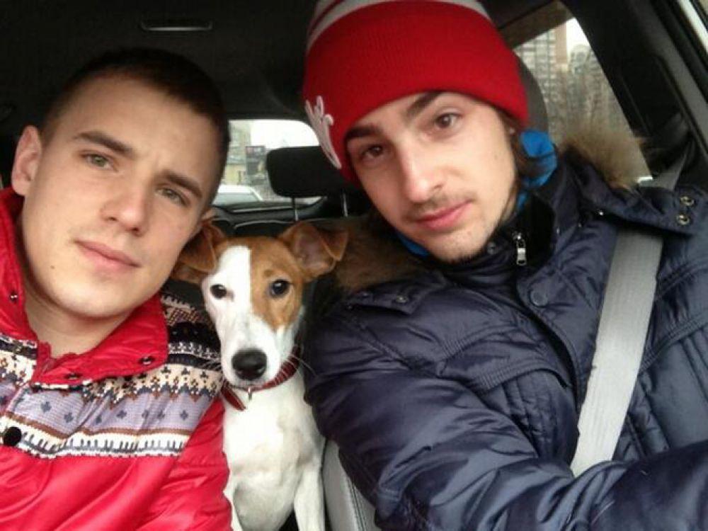 Певцу Вадиму Олейнику на день рождения подарили Челси − собаку, которая, по словам артиста,  гиперактивная и постоянно требующая внимания