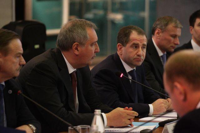 Дмитрий Рогозин провел совещание на нижегородском авиазаводе.