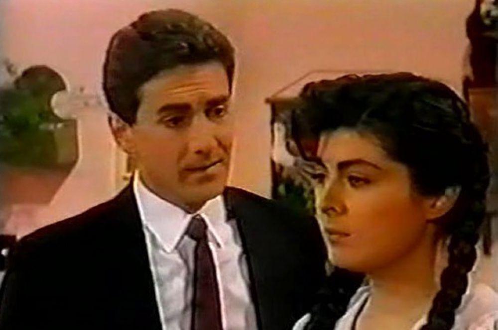 Мануэль Саваль — Хуан Карлос в сериале «Просто Мария»