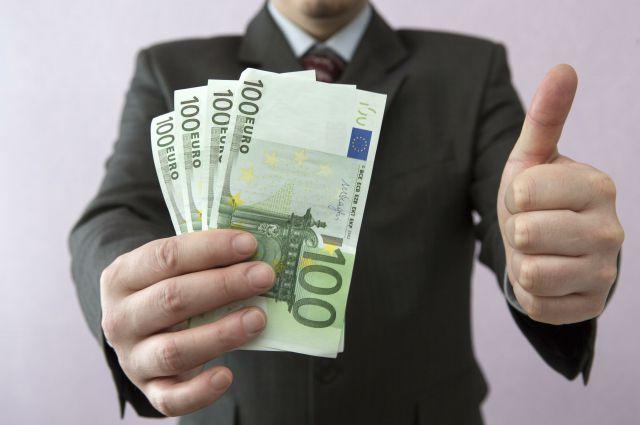 Накопления могут обесцениться в результате инфляции, а инвестиции - принесут прибыль.