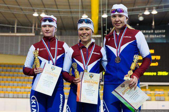 «У нас сильный состав». Наталья Воронина (первая слева) с подругами по команде.