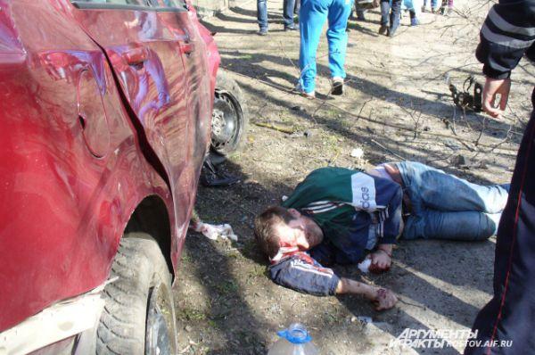 Состояние водителя было критическим. Сотрудникам автоинспекции он не смог объяснить причину тарана остановки.