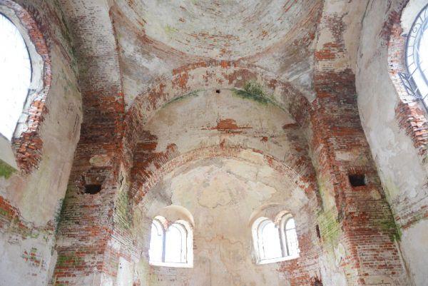 Алексей Островский попросил Голодец помочь в выделении средств на реставрацию храма.