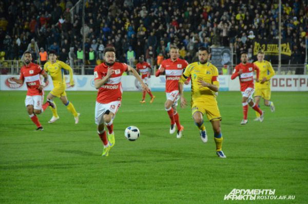 Местные футболисты провели один из лучших матчей в сезоне.