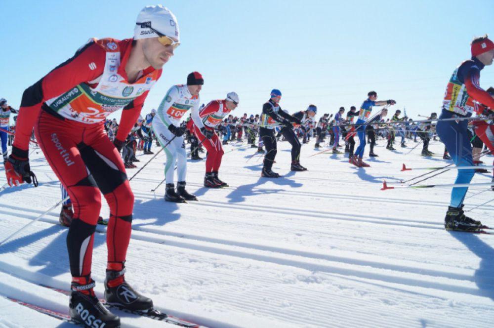 Лыжники приехали из более чем 40 регионов России.