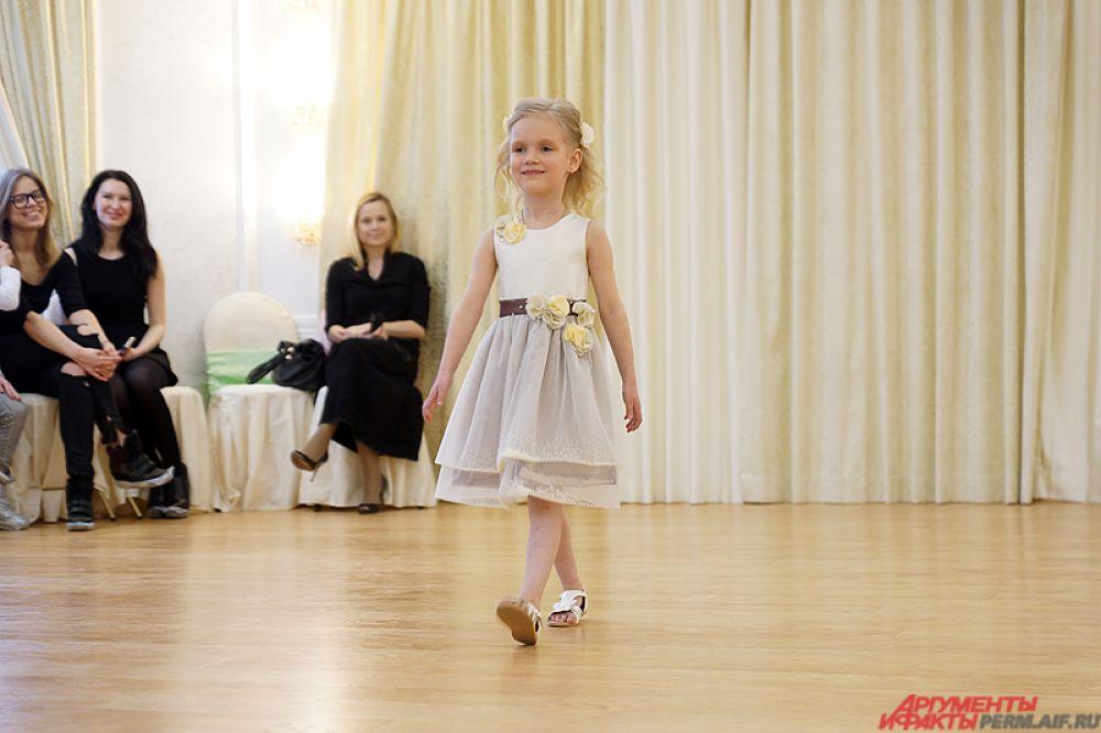 Региональный конкурс красоты совсем юных моделей Little top model of Russia состоялся в Перми в воскресенье, 3 апреля.