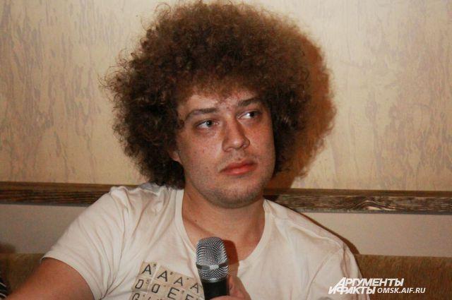 Блогер Илья Варламов баллотировался в мэры Омска.
