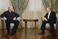 Президент России Владимир Путин  и президент Белоруссии Александр Лукашенко.