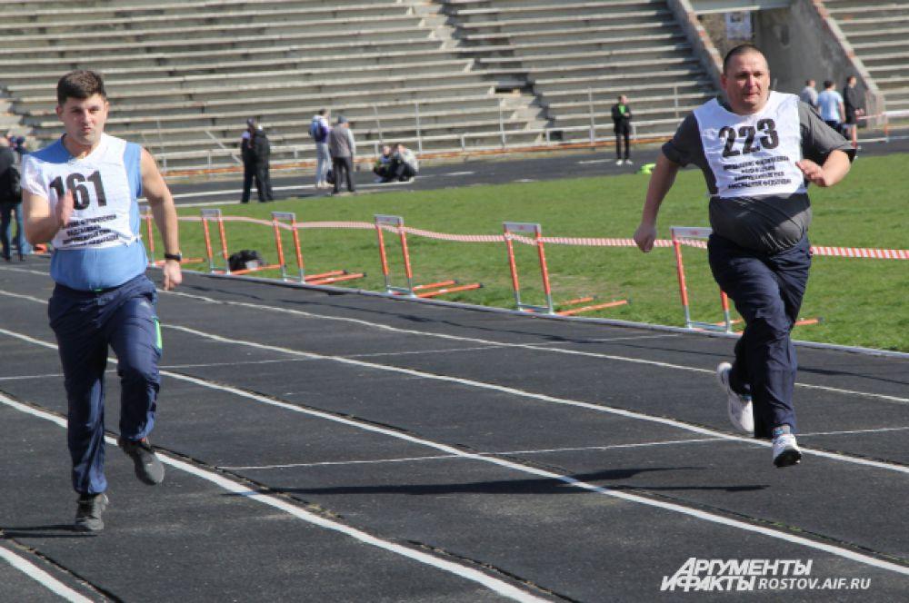 Для 30-летнего офицера на 100-метровке будет хорошим результатом преодоление дистанции за 14,5  секунды.