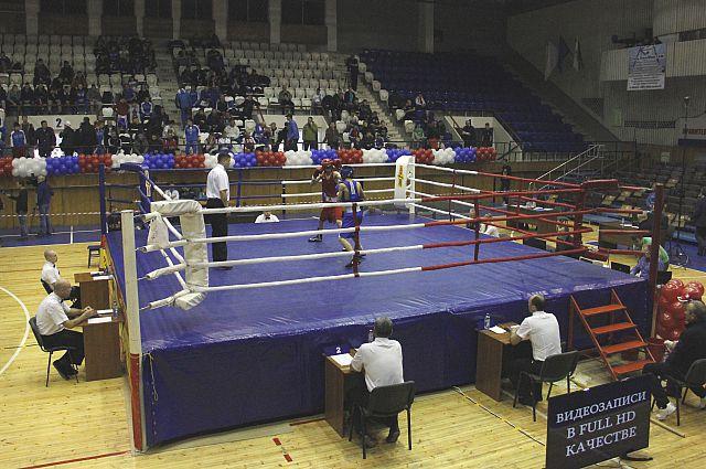 Всероссийский турнир проходит на арене советской эпохи.