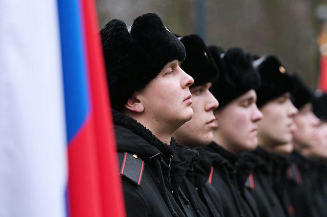 В Калининградской области растет число желающих служить по контракту.