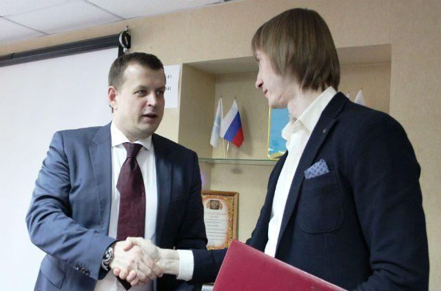 Алексей Гаев и Валентин Глухов. Соглашение подписано. присоединяйтесь!