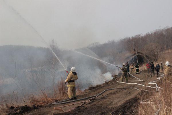Возгорание локализовано, ситуация взята под контроль.
