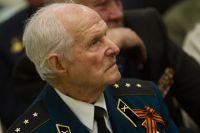 Гавриилу Ивановичу Хоменко 8 апреля исполнится 90 лет.