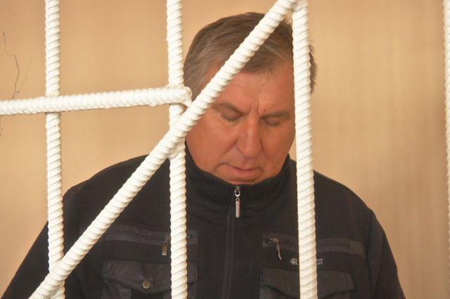 49-летний учитель физкультуры из с.Преградное Николай Медведев.