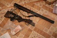 У задержанных членов ОПГ изъяли арсенал оружия и 2 миллиона наличными.