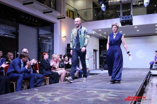Платье дизайнера Светланы Жучковой.