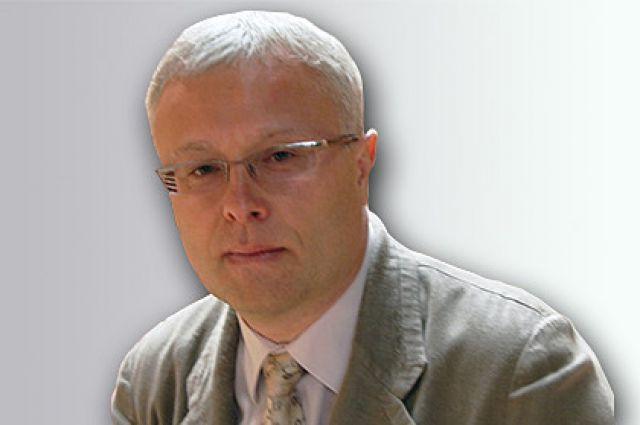 Александр Лебедев.