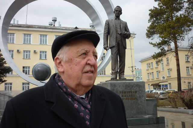 Юрий Князькин: «Желаю молодым творчества и любви к фирме, чтобы дело, которому они служат, было для них главным в жизни».