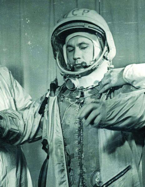 Григорий Нелюбов. Военный летчик, член первого отряда советских космонавтов