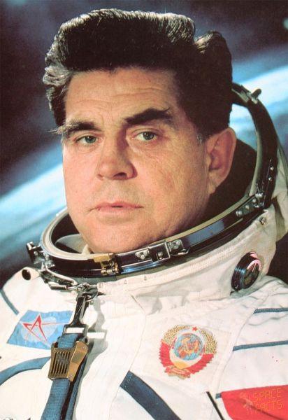 Георгий Береговой. Летчик-космонавт СССР, дважды Герой Советского Союза