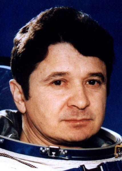 Леонид Кизим. Принимал участие в работах на орбитальных станциях «Салют-7» и «Мир».