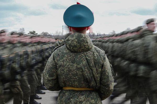 Участники пеших колонн парадного расчета войск Московского гарнизона Центрального военного округа.