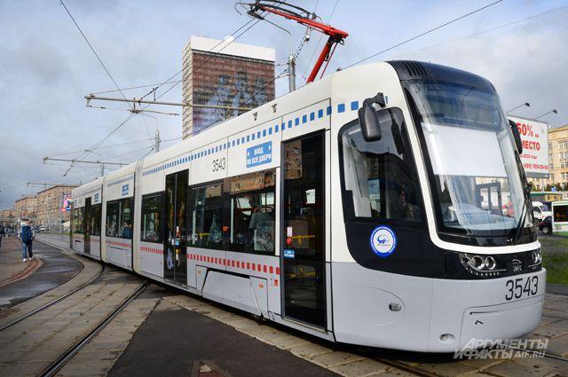 98% общественного транспорта в столице стало низкопольным, приспособленным для маломобильных людей.