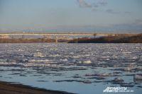 Мужчина планировал свой «заплыв» около моста 60-летия ВЛКСМ.