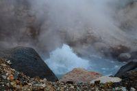 Извержение гейзера Первенец
