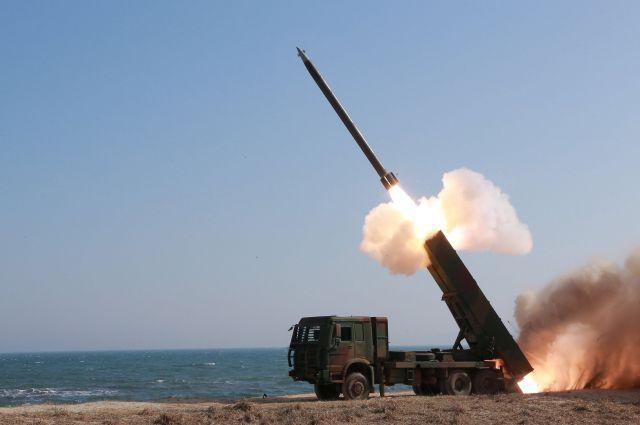КНДР может запустить ракету вчесть дня рождения Ким ИрСена