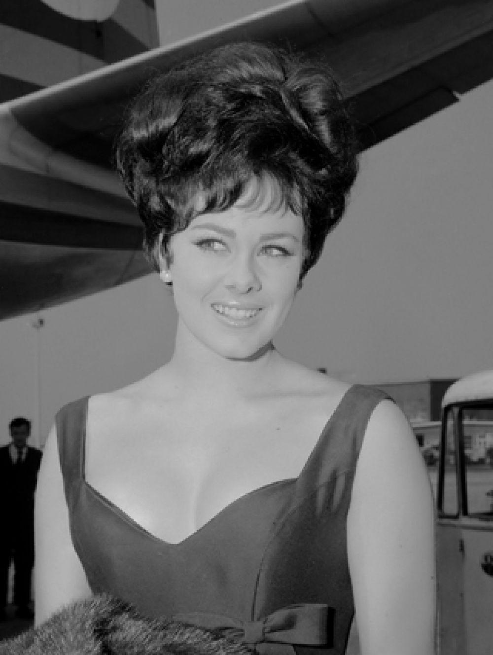 «Мисс Мира 1964» Энн Сидни, Великобритания