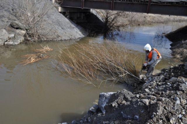 Потепление может стать причиной подъёма воды в реках.