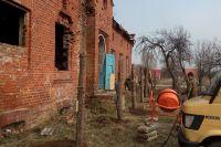 Огораживать территорию вокруг домика Канта начали только после инцидента.