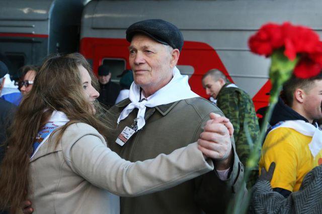 В мае ветеранам из Калининграда дадут право на бесплатный проезд в поезде.