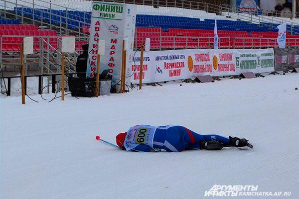 Не всем спортсменам дистанция далась легко...