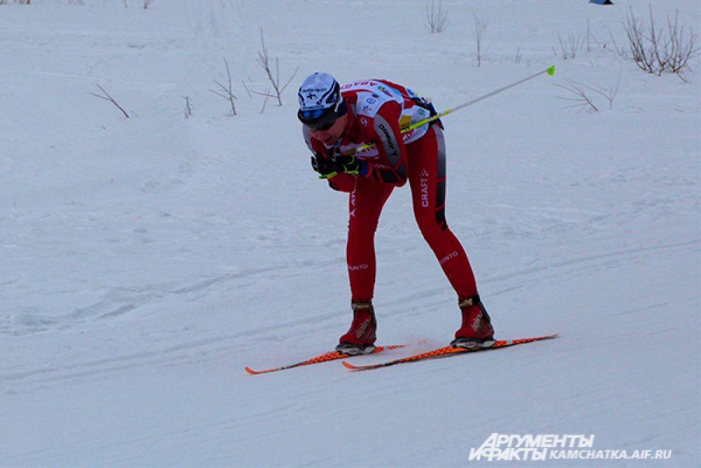 Спортсмены преодолели дистанции 30 и 60 километров.