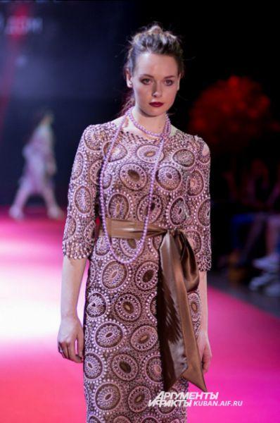 В свое время Ольга Куницына работала ведущим конструктором у Валентина Юдашкина, теперь у нее собственный бренд.