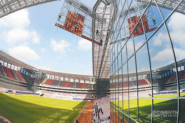 «Мы много говорим, что необходимо развивать спорт для детей. Теперь сэкономленные средства пойдут именно на развитие детского спорта, а точнее - академии футбола», - заявляет депутат Госдумы Ирина Белых.