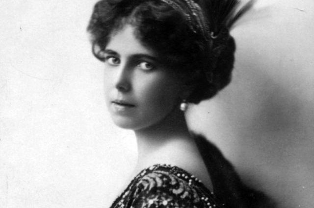 Дочь герцога была молода, хороша собой, обладала влиятельной родней и поэтому слыла одной из завидных невест Европы.