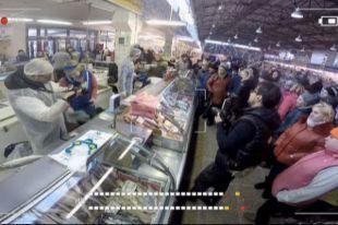Проверка на Заднепровском рынке собрала много зрителей.