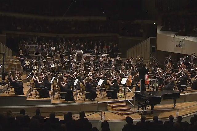Филармонический оркестр Балтийского моря.