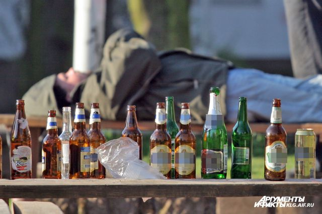 Встреча с «палёным» алкоголем здоровья не прибавляет.