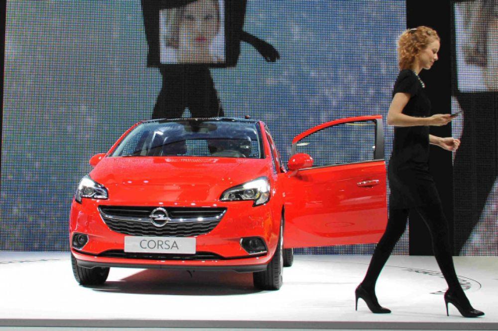 Opel Corsa - еще один автомобиль из декларации Александра Осипова.