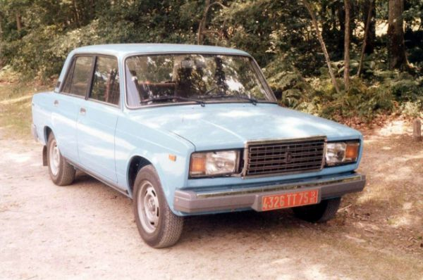 ВАЗ 2107 задекларировали Александр Махин и Дмитрий Литвинов.