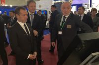 Дмитрий Медведев и Борис Дубровский