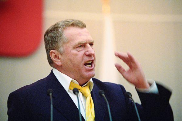 Вице-спикер от фракции ЛДПР Владимир Жириновский на пленарном заседании Госдумы РФ, 2003 год.