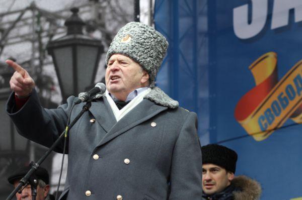 Кандидат в президенты РФ, лидер ЛДПР Владимир Жириновский выступает на митинге в свою поддержку на Пушкинской площади, 2012 год.
