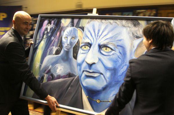 Портрет Владимира Жириновского, выполненный в виде персонажа из фильма «Аватар», 2011.